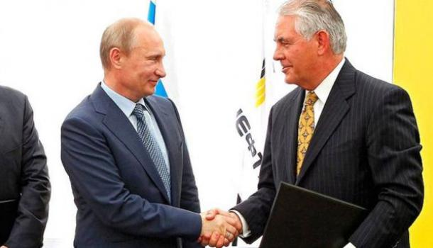 WP: Тиллерсон поддержал вариант Путина по миротворцам на Донбассе