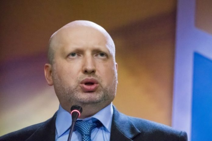 Турчинов анонсировал санкции…