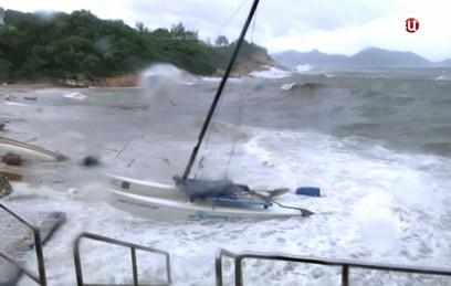 Жертвами тайфуна в Южном Китае стали 12 человек
