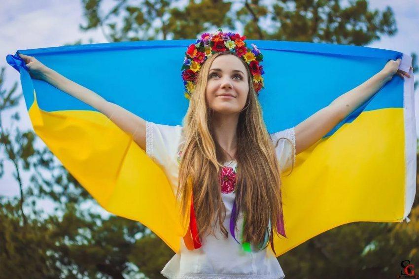 Крик души украинки: Мы — провинция, зависимая от поддержки и признания России
