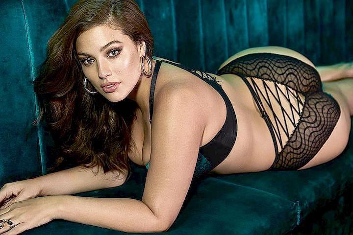 Самая высокооплачиваемая модель-пышка Эшли Грэм показала целлюлит во время фотосессии в бикини