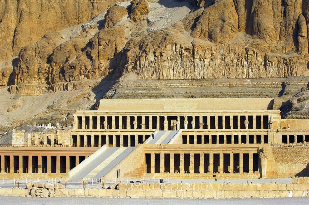 1712 990x657 Сокровища Египта