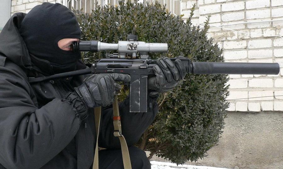 Боец спецназа со специальным малогабаритным автоматом 9А-91 (http://k-a-r-d-e-n.livejournal.com) - Без шума и пыли | Военно-исторический портал Warspot.ru