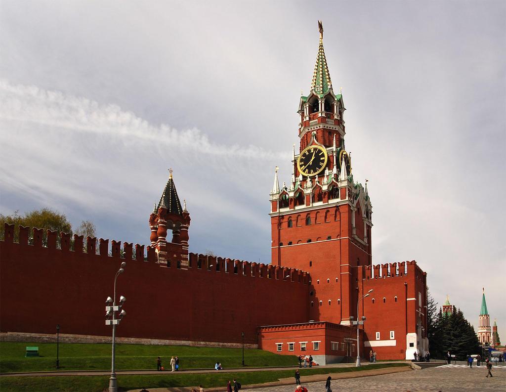 Песков назвал абсурдным вопрос о возможной интеграции ДНР и ЛНР в состав РФ