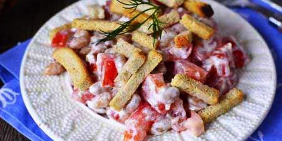 Салат с килькой в томате: рецепт приготовления с фото