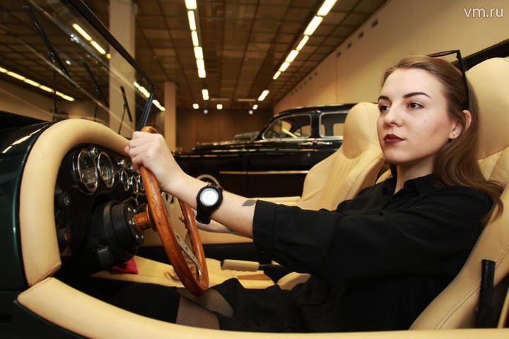 Продажи автомобилей в Москве…