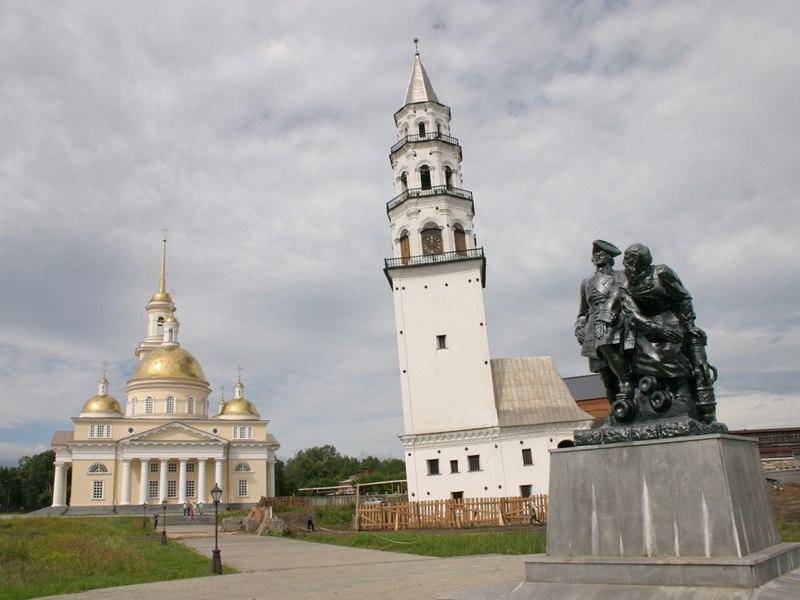 Невьянская башня на Урале