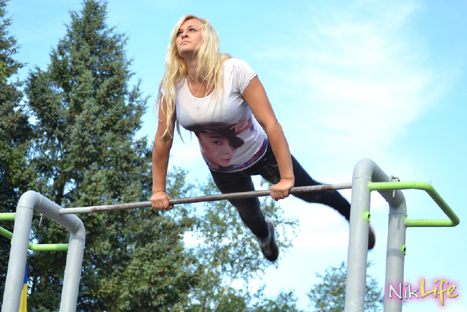 Николаевские девушки и дети установили силовые рекорды по Street Workout