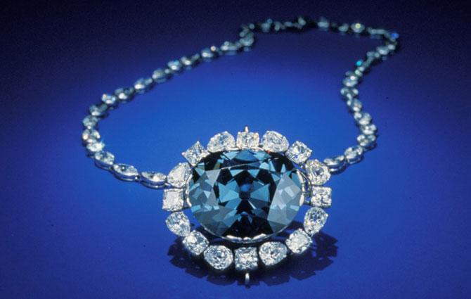 Алмаз Хоупа – один из самых известных бриллиантов в истории