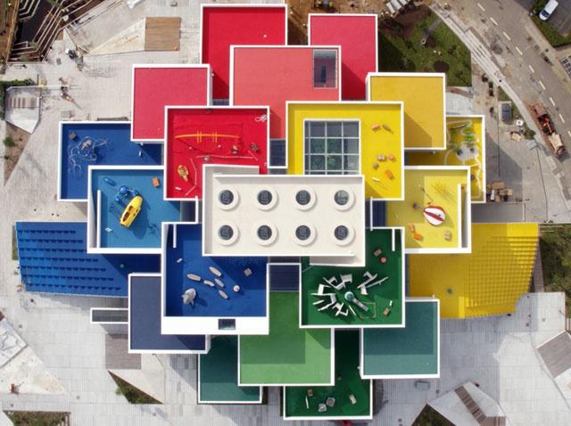 Дом LEGO