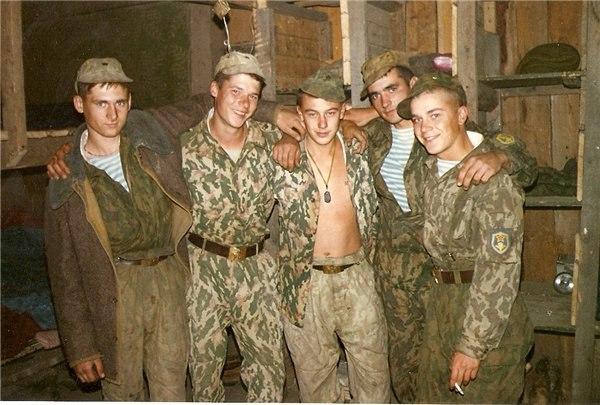 Сентябрь 1996 г. Бойцы ВДВ в Ханкале