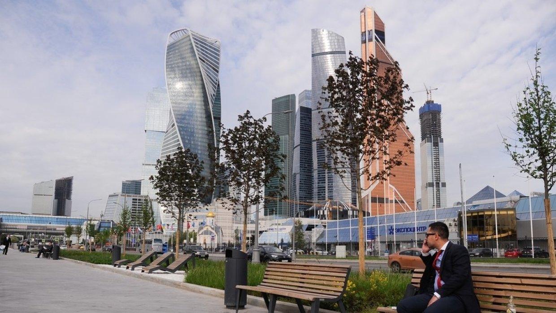 Москва обошла Сингапур, Дуба…