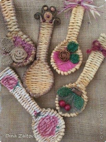 Плетение из газет. Декоративные ложки для украшения кухни (4) (360x480, 131Kb)