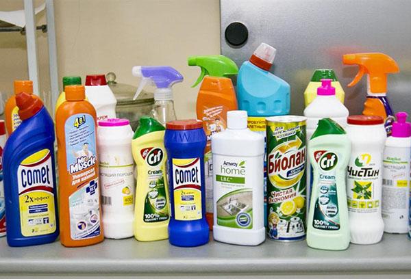 Какие моющие средства безопасны для использования на кухне?