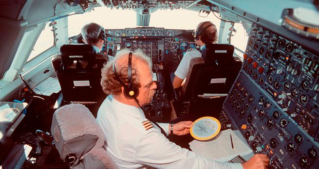 Кризис кадров: с 2015 года из российских авиакомпаний уволилось около 200 пилотов