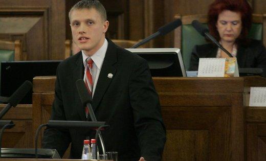 Депутат отнацрадикалов назвал поименно «агентов Кремля» вЛатвии