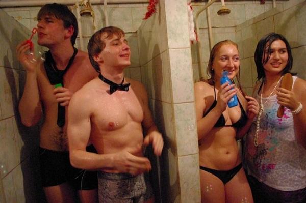 25 шокирующих фотографий, на которых изображены все прелести российских общежитий