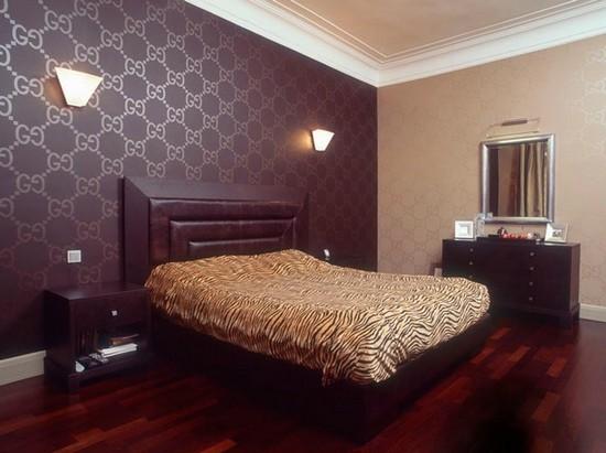 Комбинирование обоев в спальне фото