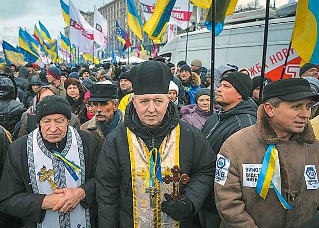 Католическая Украина: Ватикан мечтает, Польша помогает