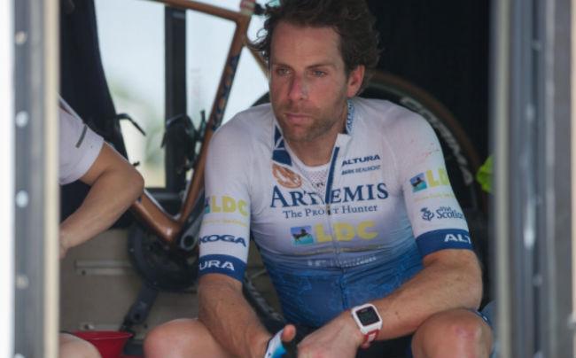 На двух колесах вокруг света: велосипедист установил мировой рекорд всего за 79 дней