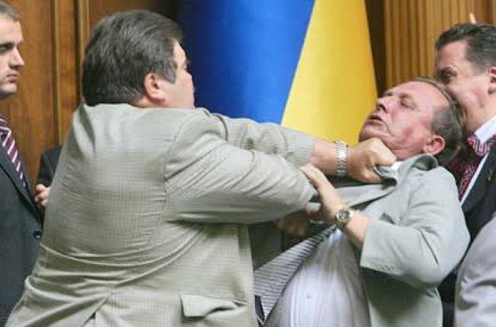 Социопаты, популисты и циничные ублюдки: три поколения украинских политиков