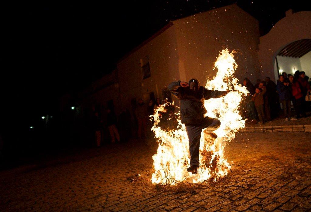 Luminarias - испанский фестиваль огня и животных-7
