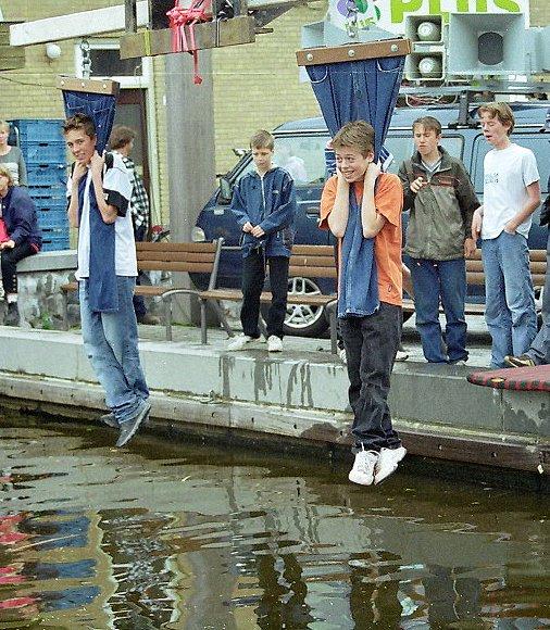 Висение на штанах. Об истории национальной голландской забавы