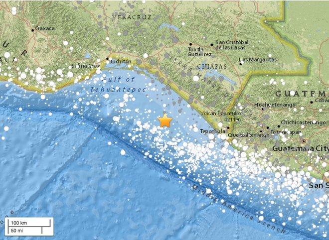 Самое сильное землетрясение столетия разрушило Мексику