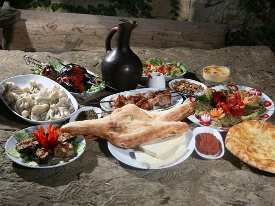 10 блюд, которые заставят вас полюбить грузинскую кухню