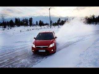Как быстро тормозить на льду?