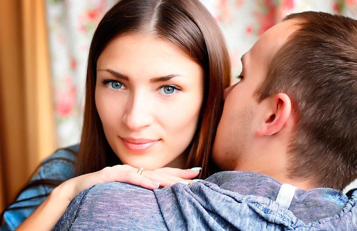 Когда у меня спрашивают, как я познакомилась со своим мужем, то я отвечаю: «А я в карты проиграла!»