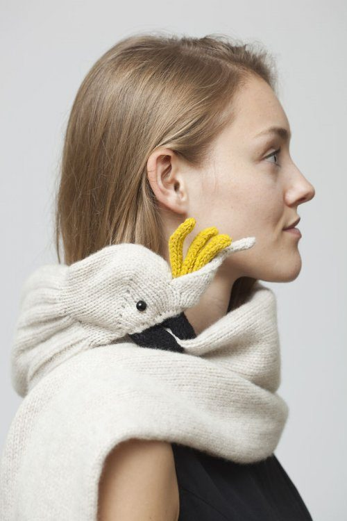 Креативные вязаные шарфы