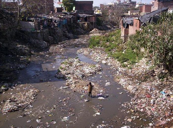 Вода из реки дает жизнь 500 млн человек.