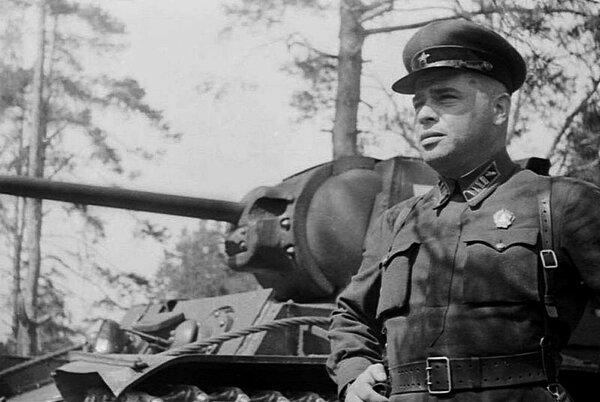 Забытые герои Великой Отечественной: Орлов - путь из 63-летнего рядового в комдивы