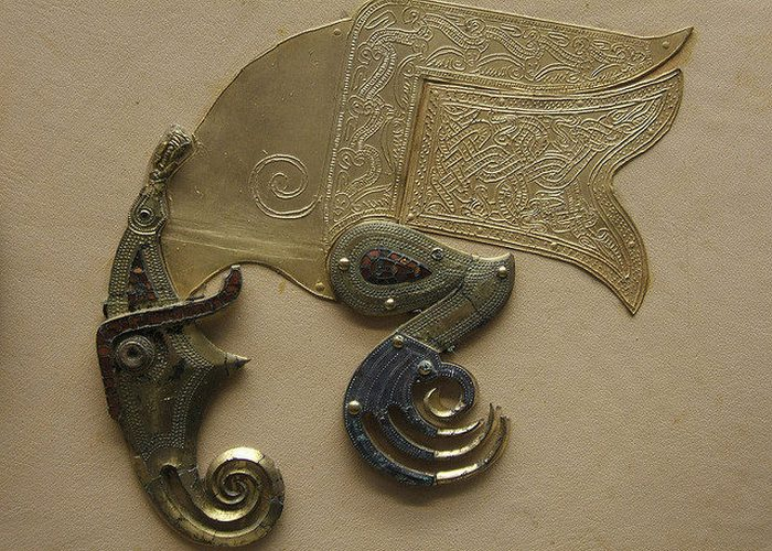 Орнамент щита из некрополя Саттон-Ху, Британский музей.