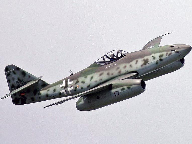 Me-262, первый реактивный самолет в истории, принявший участие в боевых действиях. Источник wikimedia.org
