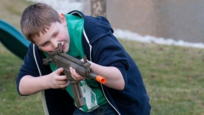 Если чужой ребёнок поцарапает вашу машину, что будете делать?