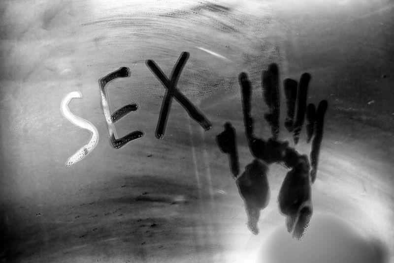 Секс в душевой кабине не так прост, как кажется: 5 базовых правил кайфа без вреда здоровью