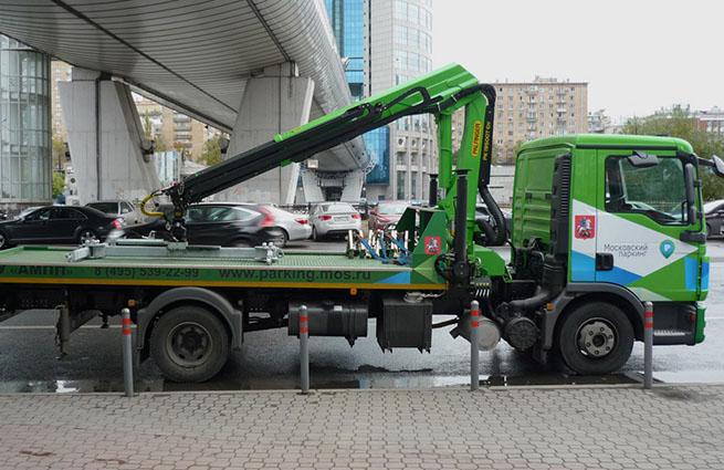 ЧП: пассажир автомобиля погиб во время эвакуации в Новой Москве