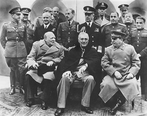 Англия и Франция собирались бомбить СССР