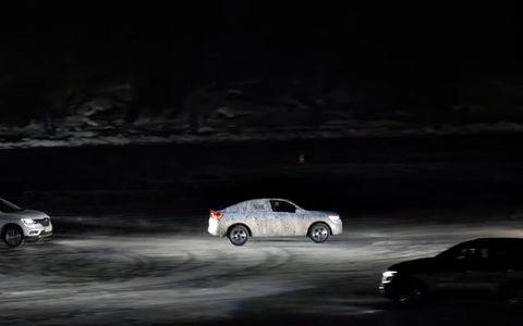 Renault показал заезды Arkana по льду