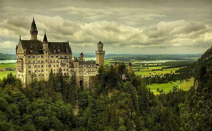 Замок Нойшванштайн, Германия…