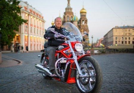 В Санкт-Петербурге появился мотосоветник - Фото 1
