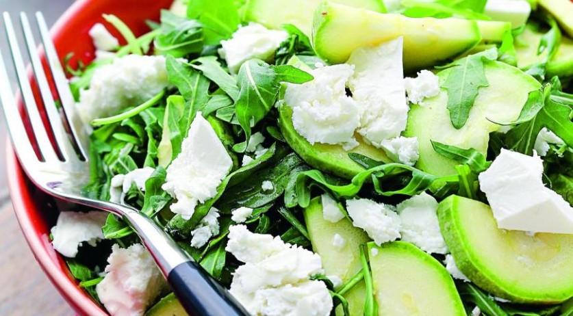 2 чудесных салата из молодых кабачков