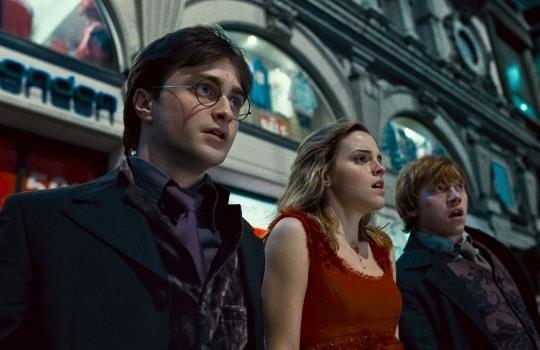 Артист  из«Гарри Поттера» снялся вфутболке сКадыровым