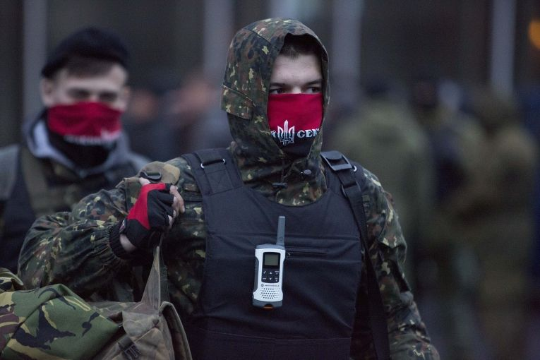 Новый «Майдан» начнется с провокации Правого сектора на Донбассе