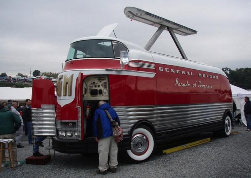 10 самых необычных автобусов прошлого