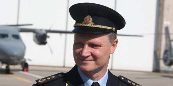 Главу литовских ВВС Навицкаса уволили заремонт вертолётов вРоссии вопреки политической воле властей
