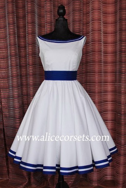 Выкройка платья «Белая лодочка»