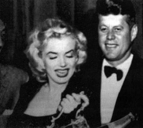 Могущественные обманщики: американские политики, которые изменяли своим женам